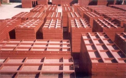 钢模板厂家浅析生产钢模板有哪些硬性标准