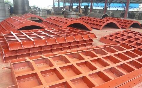 怎样预防钢模板产生裂纹?